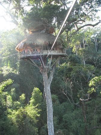 Huay Xai, ลาว: The reason to go - tree houses and zip lines!