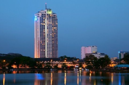 Exterior of Hilton Colombo Residence at Dusk