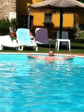 Villa Tatti: Relax in piscina