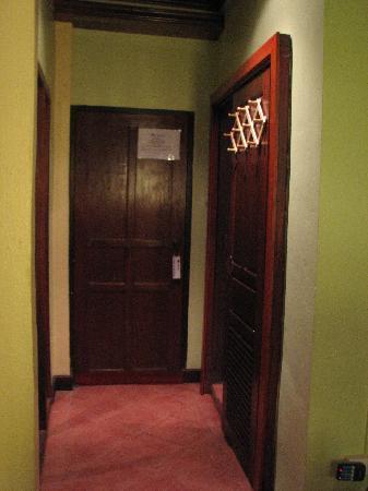 Villa Laodeum: hallway