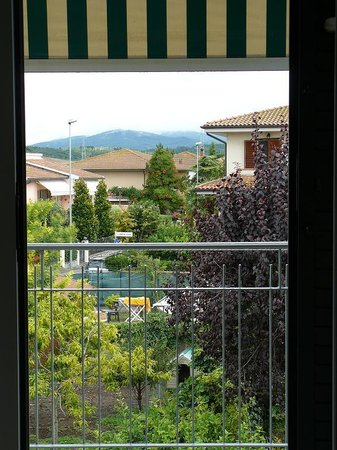 Affittacamere Antonella : The view from the door