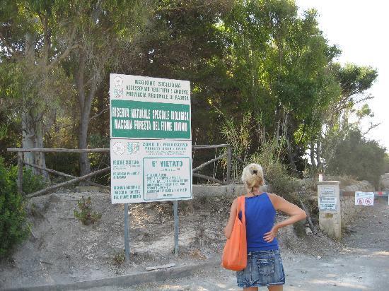 Marina di Ragusa, Italy: ingresso della riserva