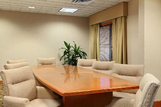 Wingate by Wyndham DFW / North Irving: Boardroom