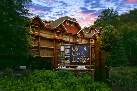 Old Creek Lodge - Gatlinburg, TN