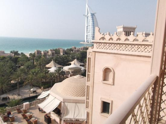 Jumeirah Al Qasr at Madinat Jumeirah: Balcony view