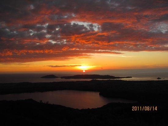 Nosy Komba Plongee : tramonto a mount passot
