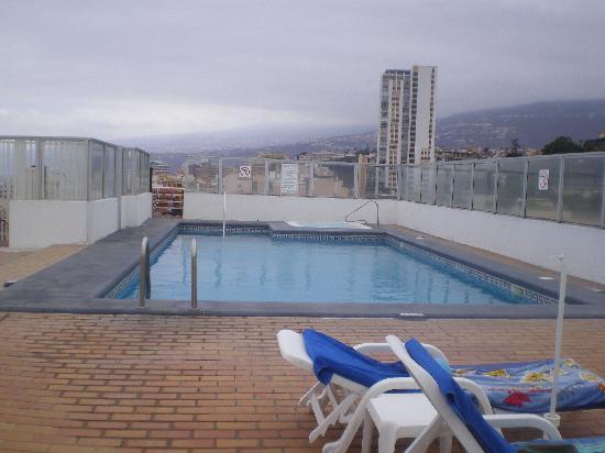 Hotel picture of hotel trianflor puerto de la cruz for Piscina la ballena tenerife