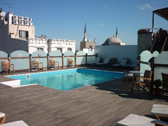 Hotel Vicenza: le terasse et la piscine
