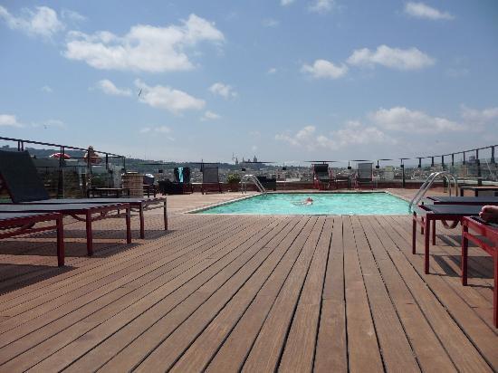 Hotel 1898: roof pool