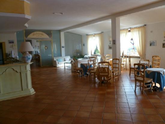 Hotel Santrano: Hall