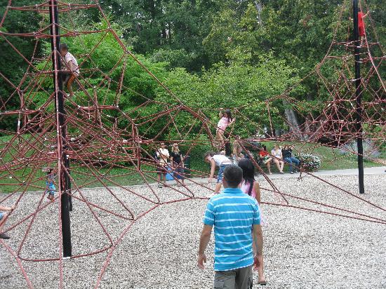 London, Kanada: rope climbing area