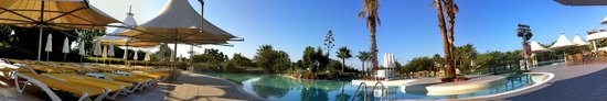 Kaya Belek: Pool scene