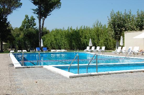 Hotel Balneario Vichy Catalan: la piscina estupenda