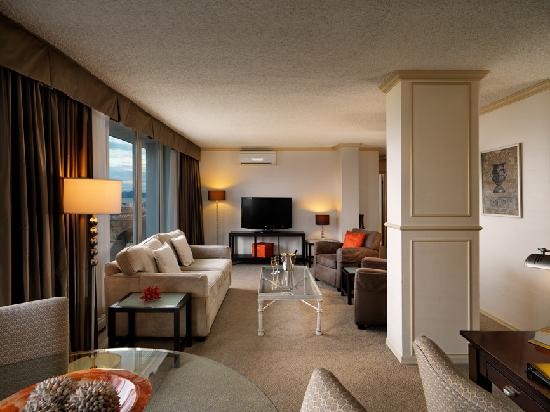 Chateau Victoria Hotel and Suites: Living area in our executive penthouse suites