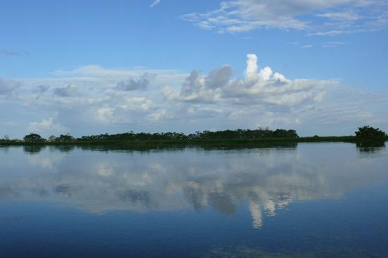State of Amazonas: navegación por rio negro