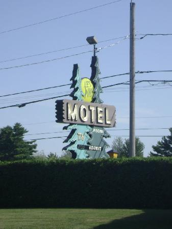 Sign for the Motel Les Pins