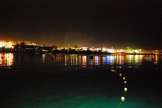 Lido Sharm Hotel: night view from one of their restaurant