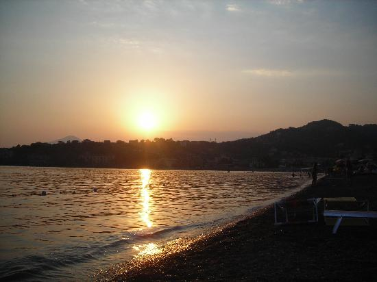 Hotel Pisacane: tramonto a Sapri