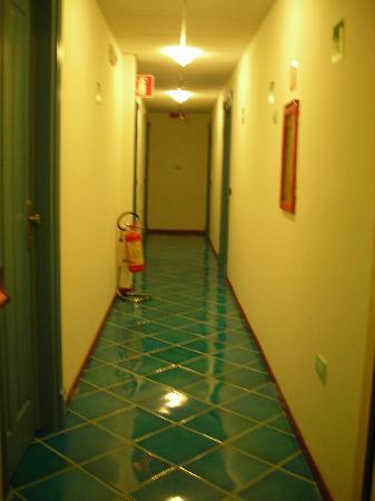 Hotel Pisacane: l'azzurro dentro