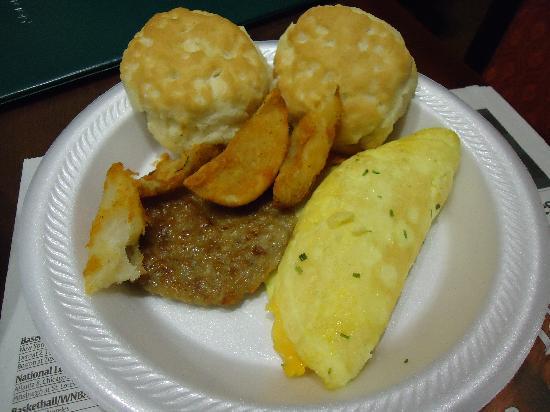 Homewood Suites Bentonville - Rogers : some of the complementary breakfast