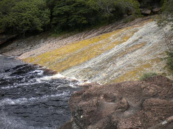 Lencois, BA: deslizandose en el agua de coca cola