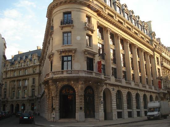 Hotel Banke: L'hotel da fuori