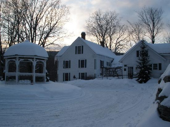 Inn at Water's Edge: Winter delight