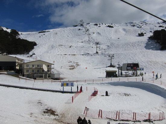 Falls Creek Alpine Resort: 難所のコースもかなりあります。基本でこでも滑っていいようです。