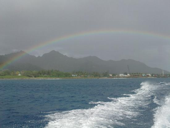 Adventure Cook Islands: Rainbow on our way to the dive site