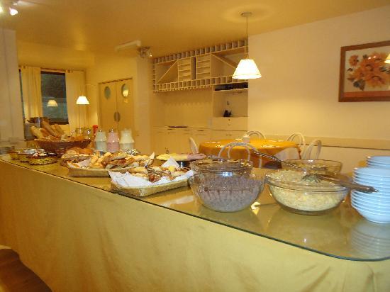 Soft Bariloche Hotel: Café da manhã