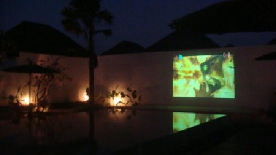 Amor Bali Villa: a dinner time movie