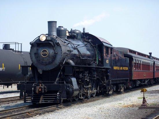 Strasburg Rail Road: steam engine