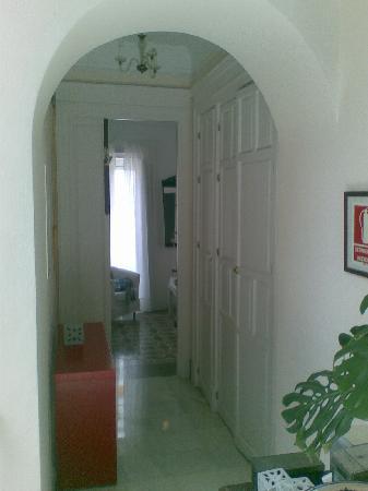 La Fonda Barranco: looking into room 8 from hallway