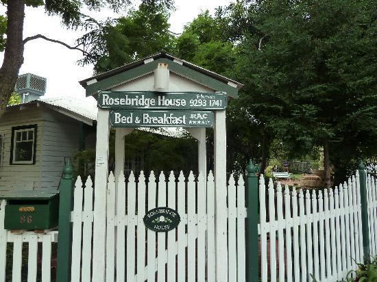 Rosebridge House Bed & Breakfast: rosebridge house B&B