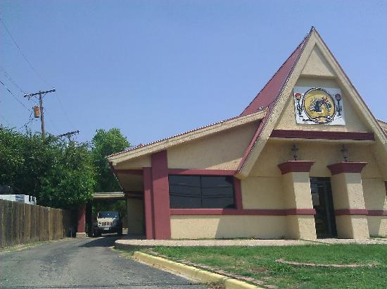 Taqueria Mexico Lindo: Building