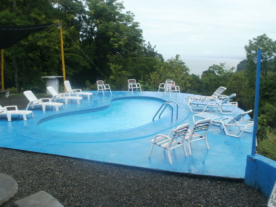 Backpackers Manuel Antonio: the pool!