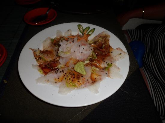 Pura Vida Sushi & roots bar: Sashimi