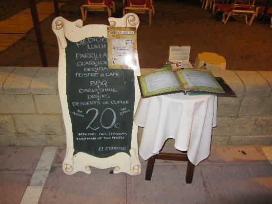 San Luis de Sabinillas, Espagne : Oferta solo para el almuerzo en la cena no.