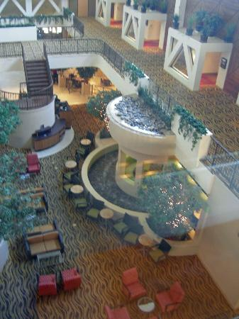 Hilton Stockton: Lobby from glass elevator