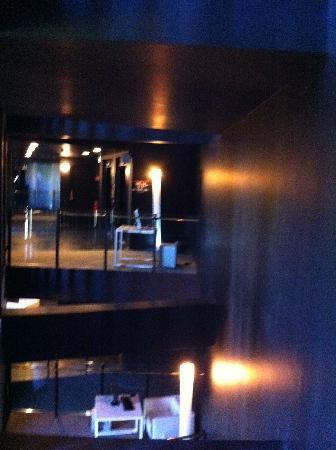 โรงแรมอาเซล เบอร์ลิน: dunkle gaenge