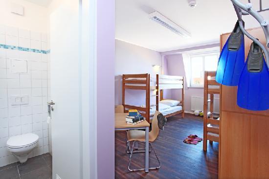 Industriepalast: 4 bedroom with bath