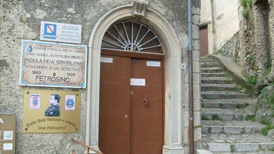 Campanie, Italie : Ingresso della Casa-Museo. All'interno non è stato possibile scattare foto.