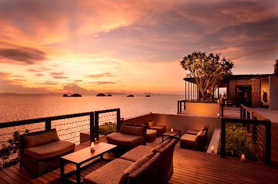 Conrad Koh Samui: Sunset at Glow Restaurant
