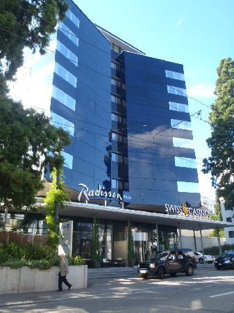Radisson Blu Hotel, St. Gallen: ホテル外観