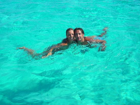 Villaggio Touring Club Italiano - La Maddalena : sembra di volare sulle limpidissime acque