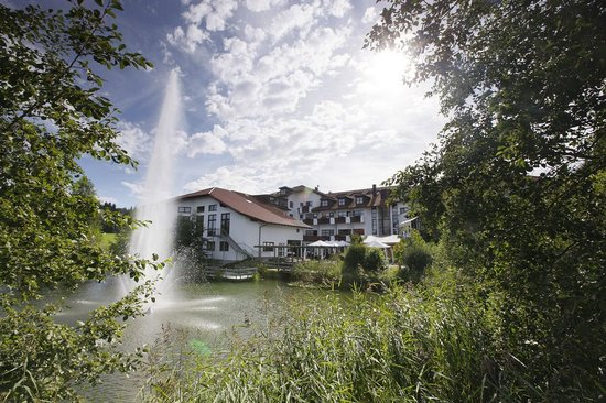 allgaeu resort - HELIOS business & health Hotel: Umgebung
