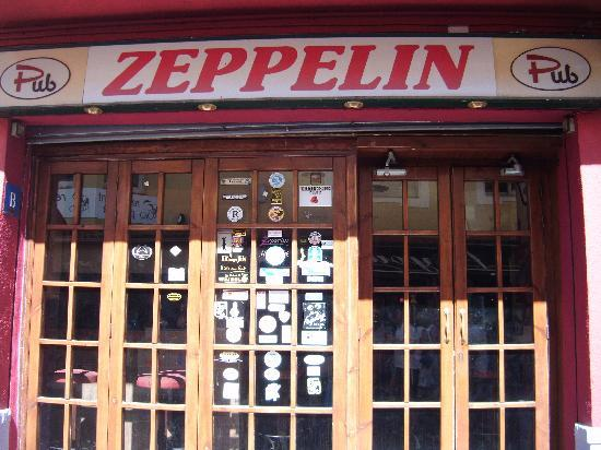 Hotel Ibersol Sorra D'Or Hotel: Zeppelin rock bar!
