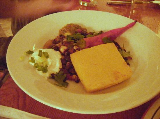 Te'enim Vegetarian Cuisine: Polenta--definitely the winning entree
