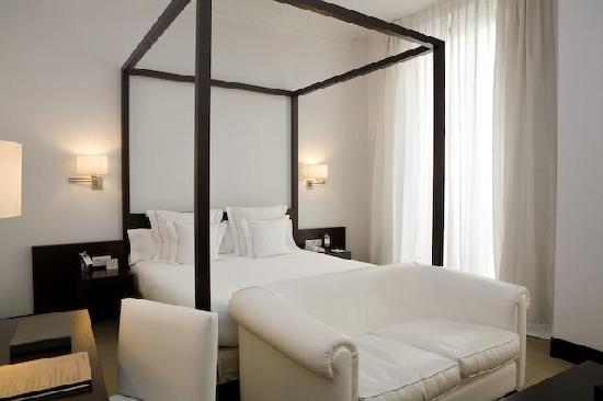 Hotel Molina Lario: Habitacion Deluxe