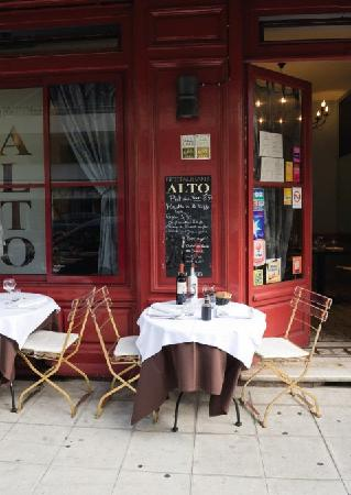 restaurant alto resto dans nice avec cuisine italienne. Black Bedroom Furniture Sets. Home Design Ideas